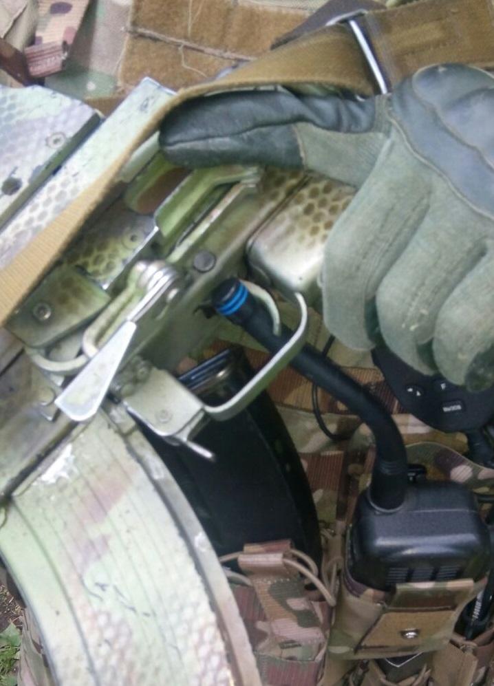 Непроизвольный выстрел. Антенна радиостанции зацепила спусковой крючок. Инструктор Норд