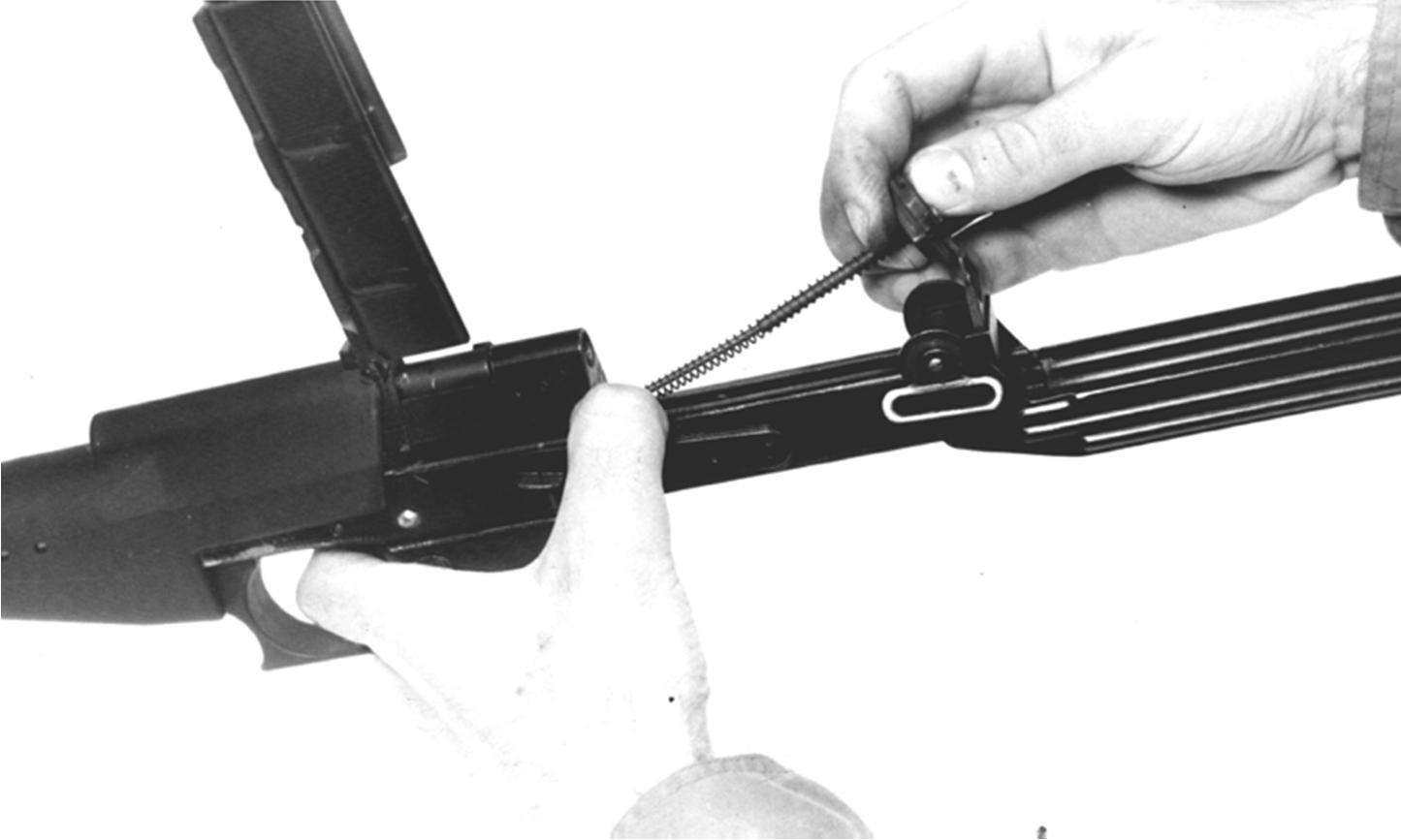 Рисунок 4.17 – Присоединение направляющей с боевой пружиной СР2М